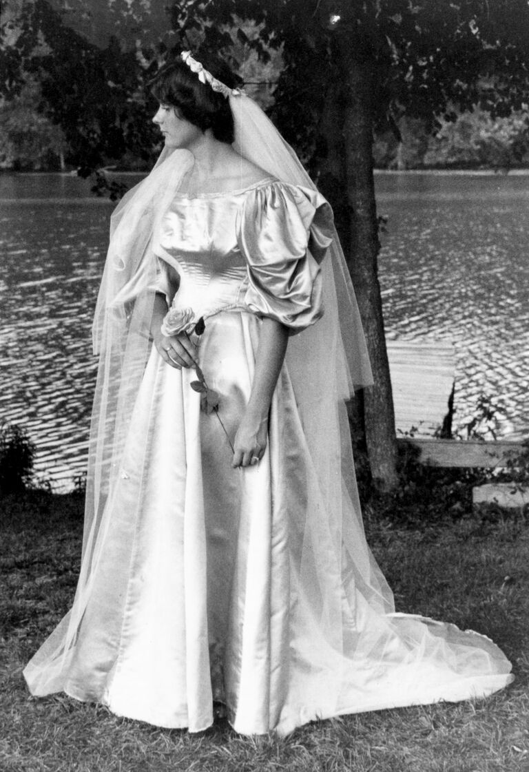 This Bride\'s 120-Year-Old Wedding Dress Is the Ultimate Something Old