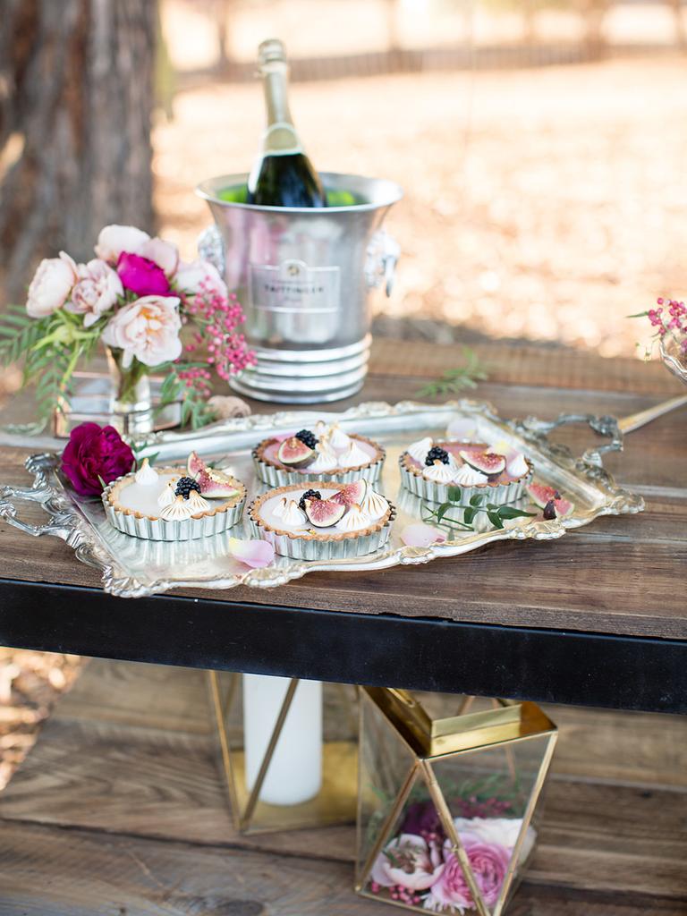 wedding dessert pies rustic figs