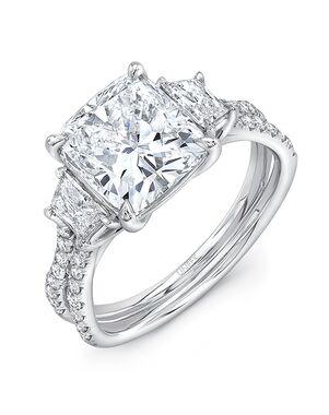 Platinum Jewelry Elegant Cushion Cut Engagement Ring