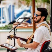 West Palm Beach, FL Singer Guitarist | Joey Calderaio (solo/duo/band)