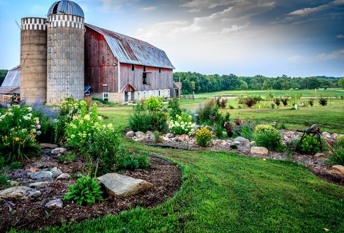 The Barns Of Lost Creek New Barn Venue Beldenville Wi