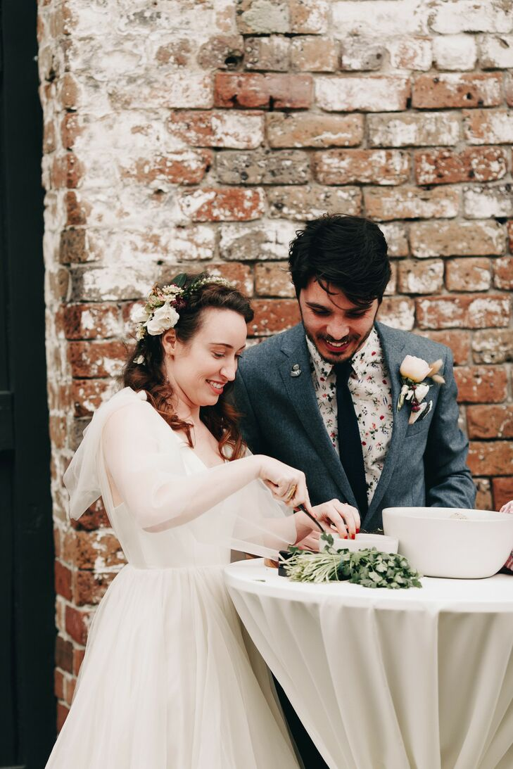 Vintage-Inspired Bride and Groom Performing Modern Guacamole-Making Unity Ceremony