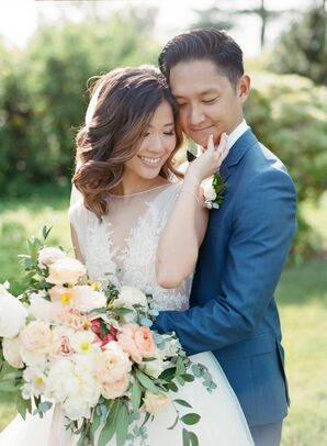 Classic, Romantic Bride with Down Hairstyle and Elegant Bouquet