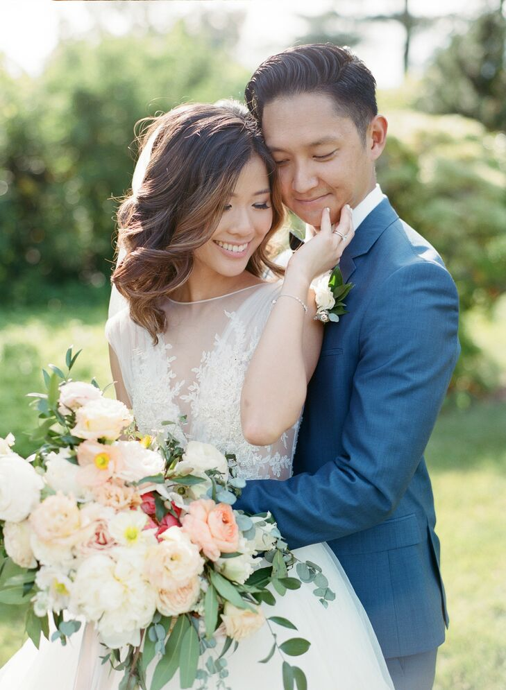 Vida Lee and Eric Han's romantic wedding was inspired by an English garden, with its color palette of blush and white with plenty of greenery and pops