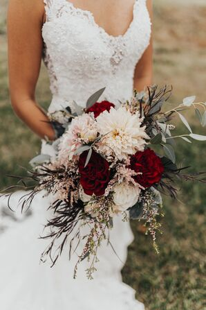 Fall-Inspired Bouquet with Roses, Dahlias, Astilbe and Greenery