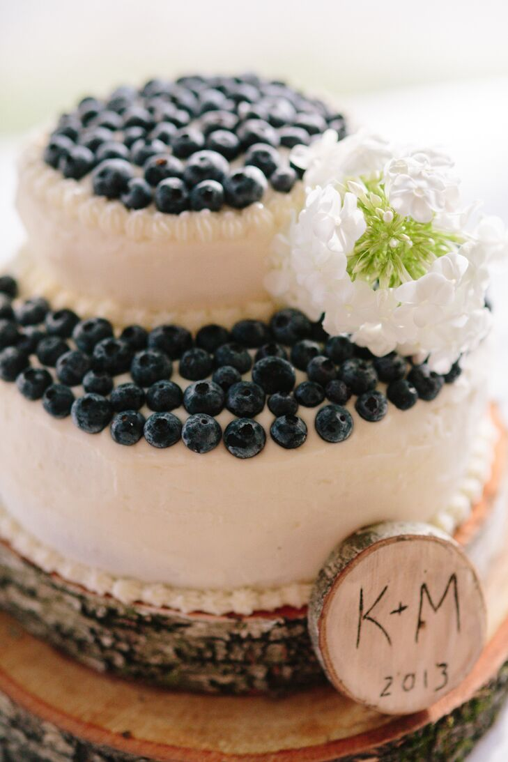 Fresh Blueberry Topped White Cake