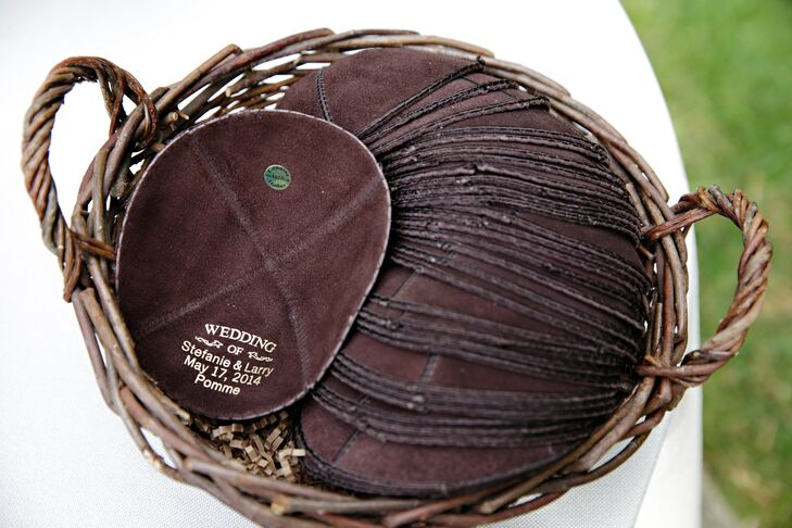 Wooden Basket With Brown Kippot