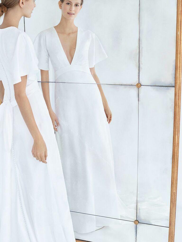 f7eadbb3a2861 Carolina Herrera Fall 2018 natural waist A-line wedding dress with deep  V-neck