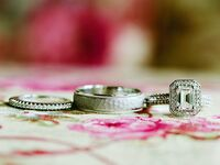 how to buy a wedding ring