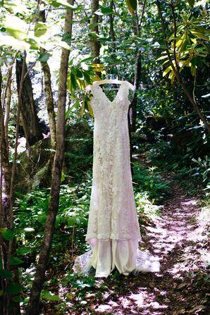 Vintage-Inspired Two-Piece Allure Wedding Dress