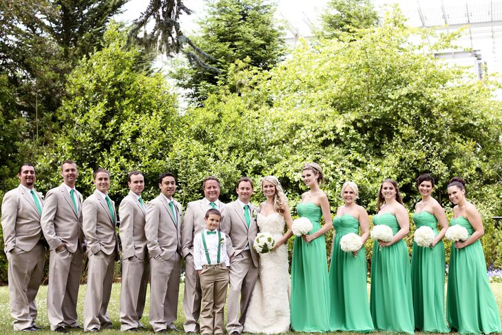 Emerald Green Bridal Party and Groomsmen