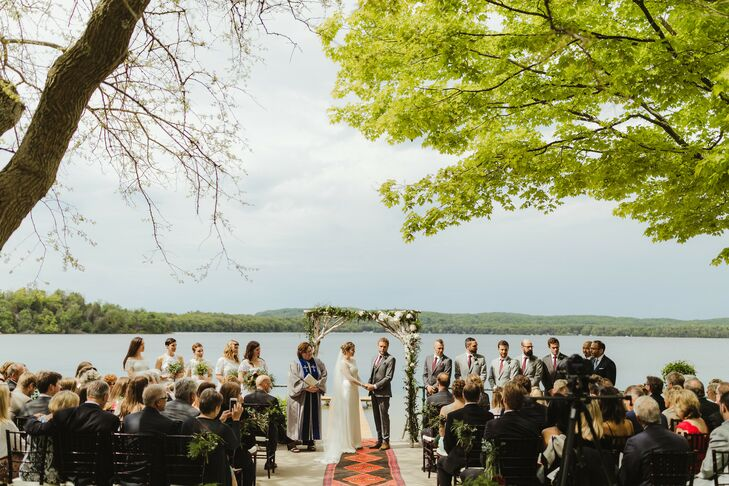 Waterfront Ceremony at Watervale Inn in Arcadia, Michigan