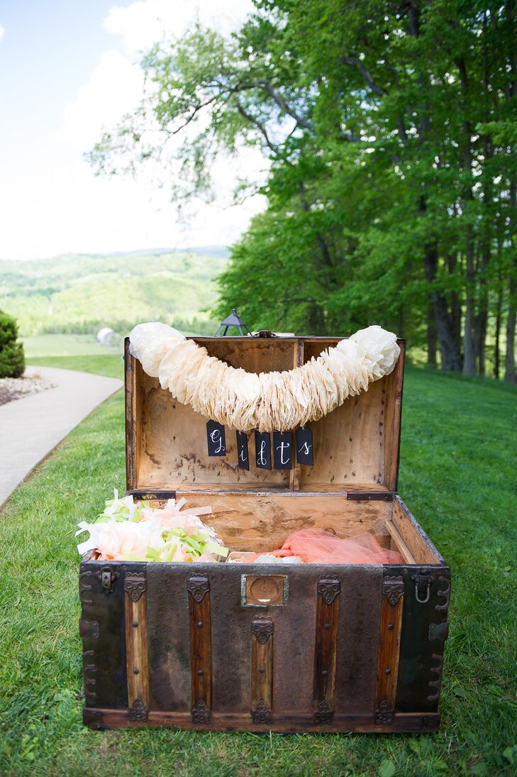 Steamer Trunk Gift Box