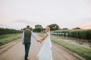 Romantic Lace Trumpet Gown with Cap Sleeves