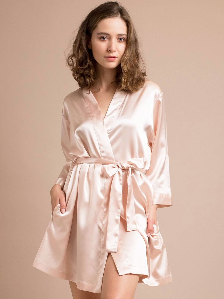 search for authentic new high quality reasonable price The Best Bridesmaid Robes Based on Their Zodiac Sign