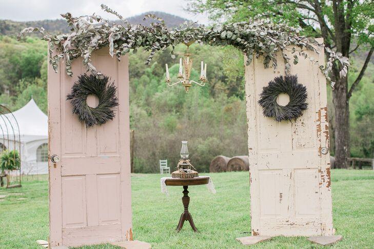 Diy Wedding Arch.Diy Vintage Door Wedding Arch