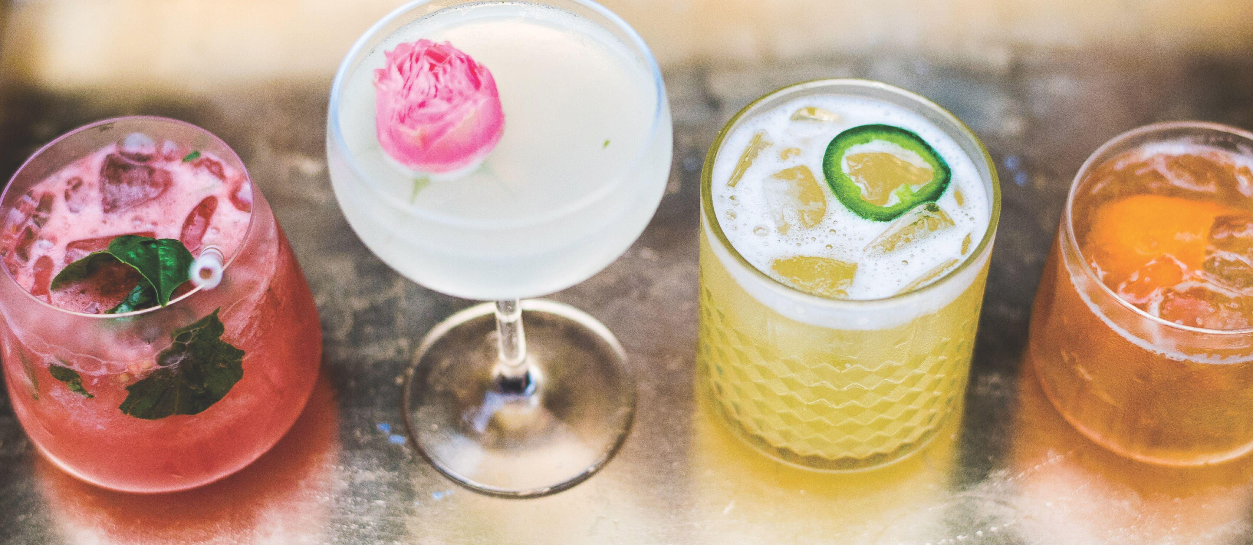 bar service & beverage