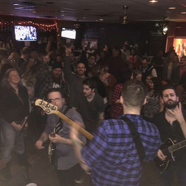 The Wet Bandits (Cover Band)