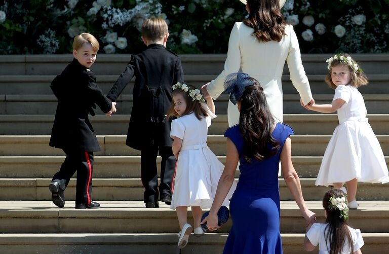 royal wedding entrance page boys junior bridesmaids