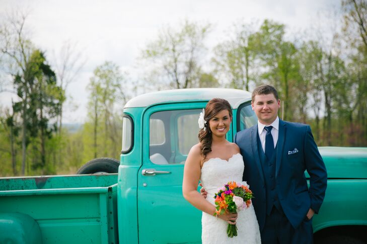 The country-chic wedding of Kentucky natives Nicole Bebout (24 and a paralegal) and Coleman Bebout (26 and a chemical operator) combined the bride's f