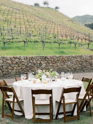 Elegant Round Table at at Saddlerock Ranch in Malibu, California