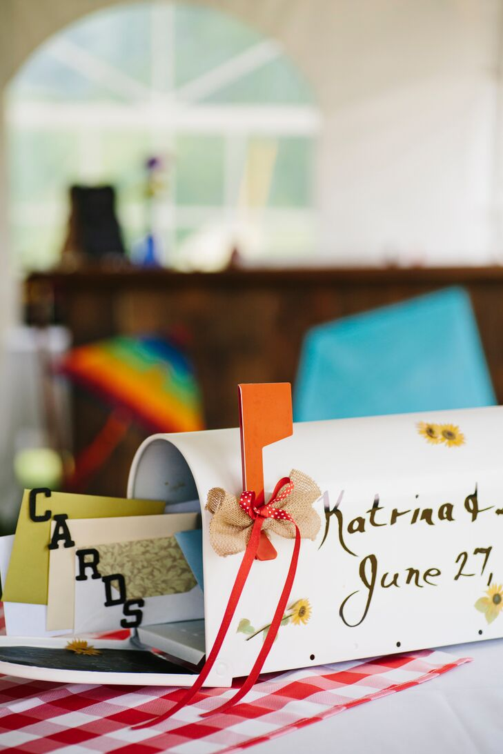 Almost all of the wedding's decorations were hand-made by family members, including this mailbox card holder, which Katrina's mother made.