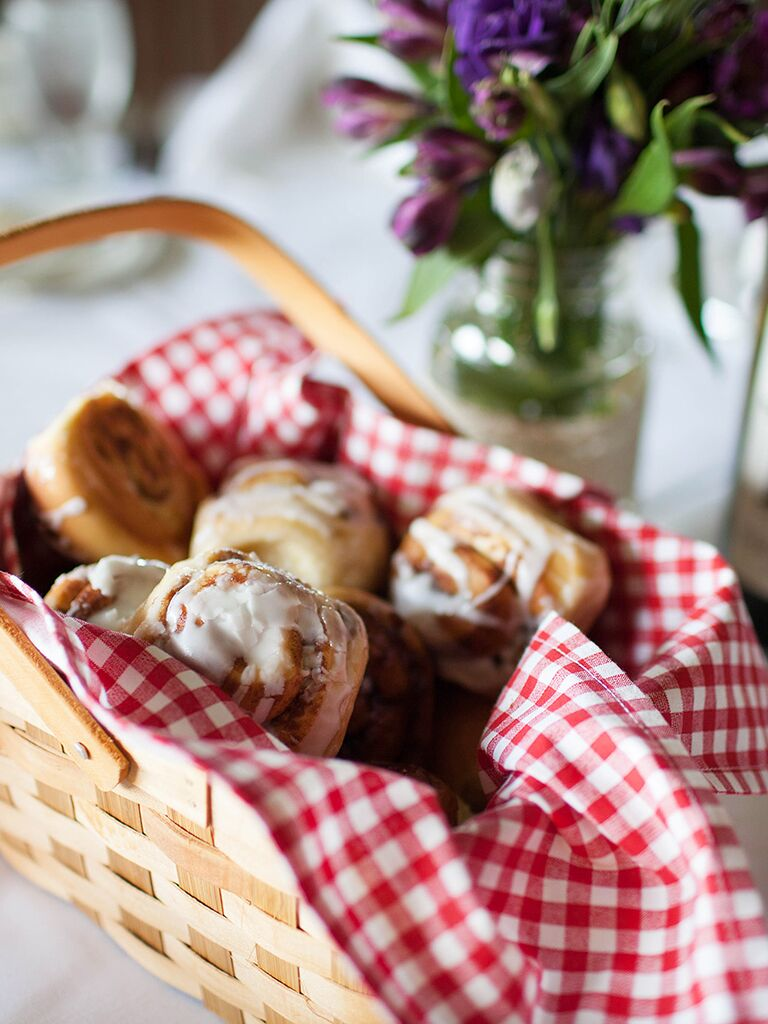 Baskets of cinnamon rolls for a wedding brunch idea