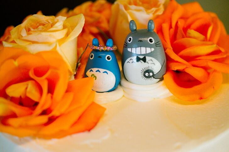 Cute Rabbit-themed Cake Toppers