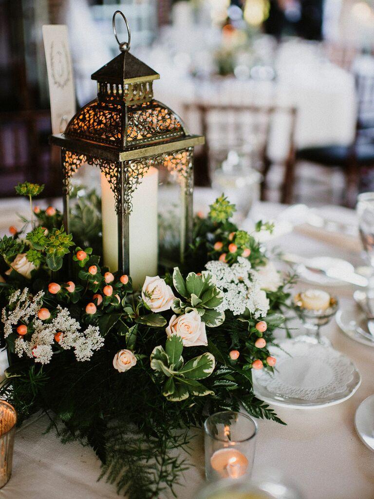 15 Lantern Wedding Centerpiece Ideas