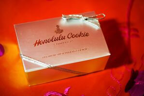 Gold Boxed Honolulu Cookie Favors