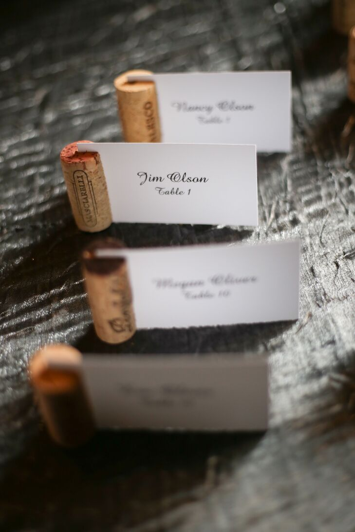 Simple DIY wine corks added a personal touch to the couple's escort cards.