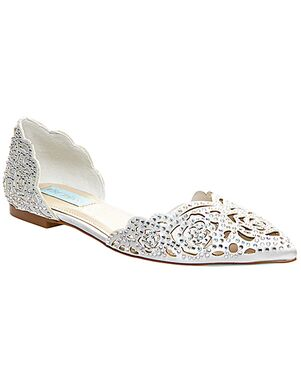 Blue by Betsey Johnson SB-LUCY-ivory Ivory Shoe