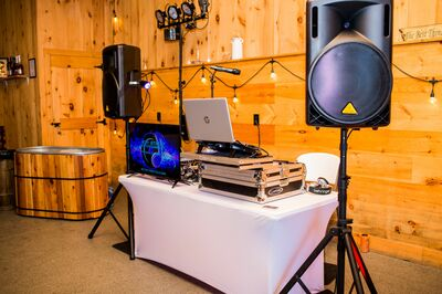 8th Street Entertainment Premier DJ Service