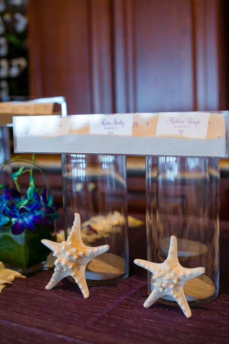 Starfish and Cylinder Vase Place Card Display