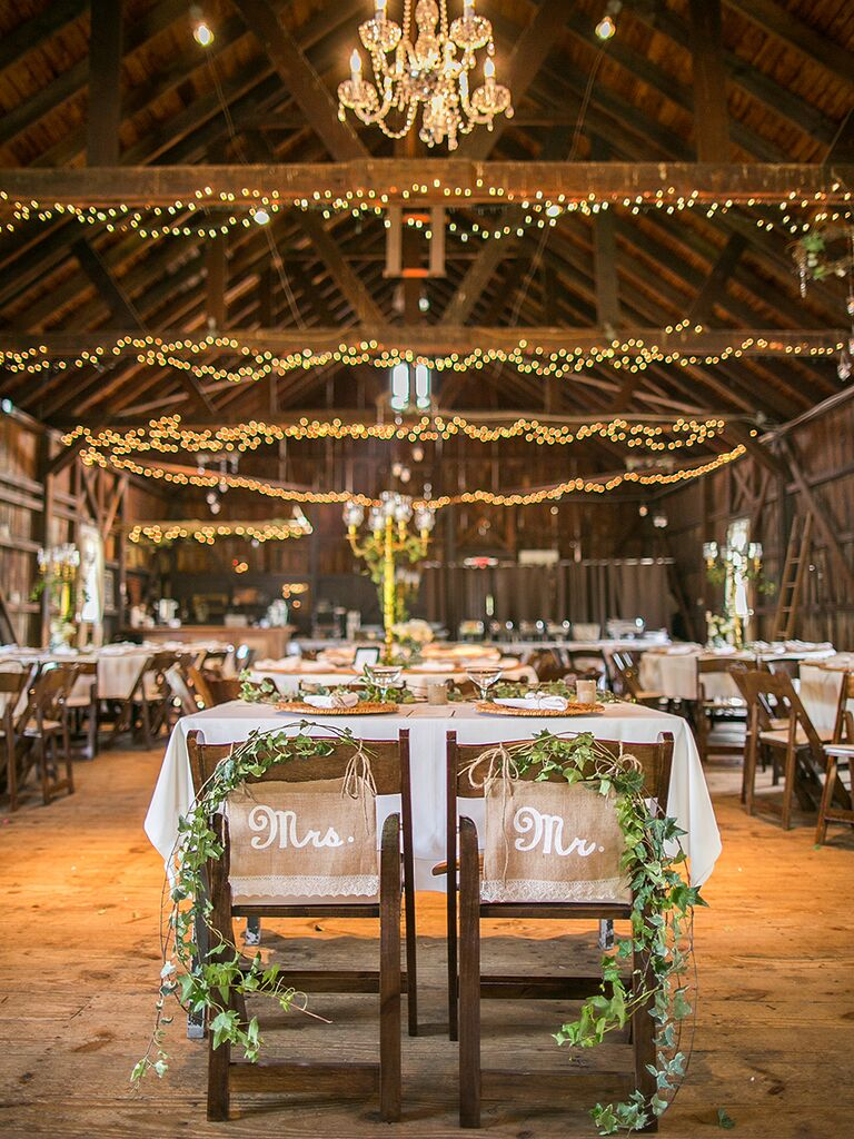 Sweetheart Table Garlands For A Rustic Barn Wedding Idea