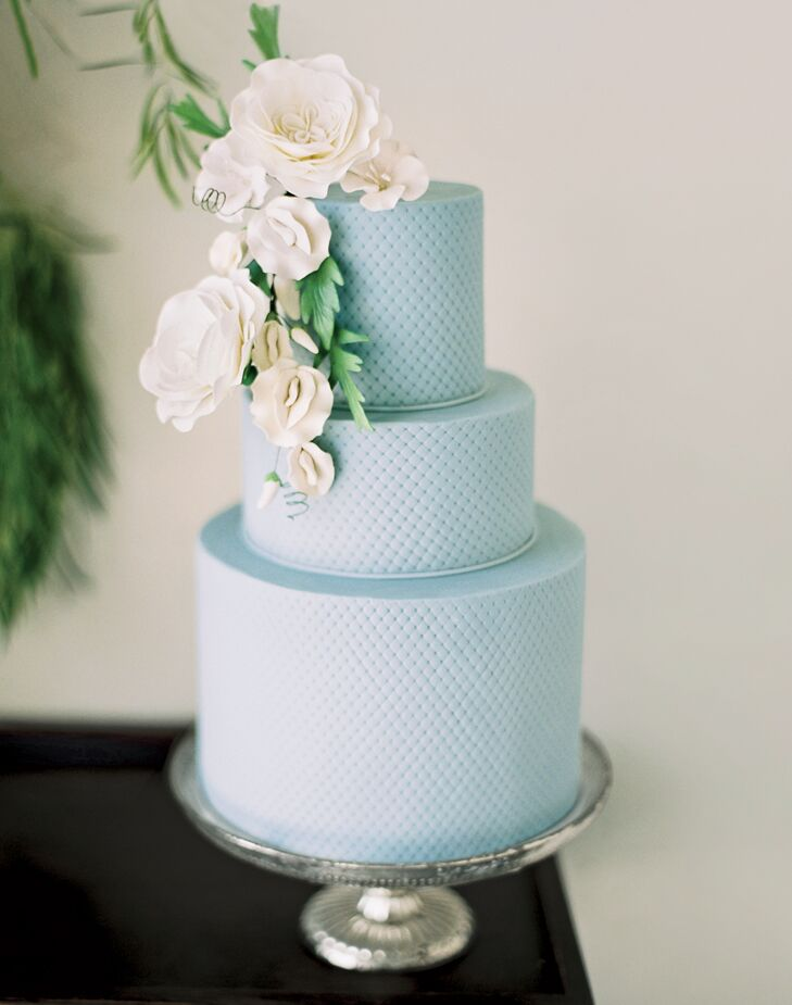 Textured wedding cake from Melissa's Fine Pastries