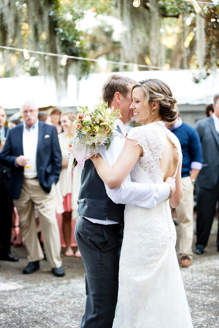 """""""My lace dress and our beautiful outdoor venue really pointed us in the relaxed-meets-antique direction,"""" Amalie say."""