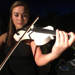 New York City, NY Violinist | New York Acoustic & Electric Violinist
