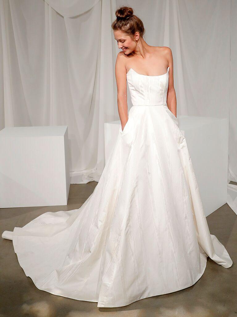 Scoop Neck Ball Gown Wedding Dress
