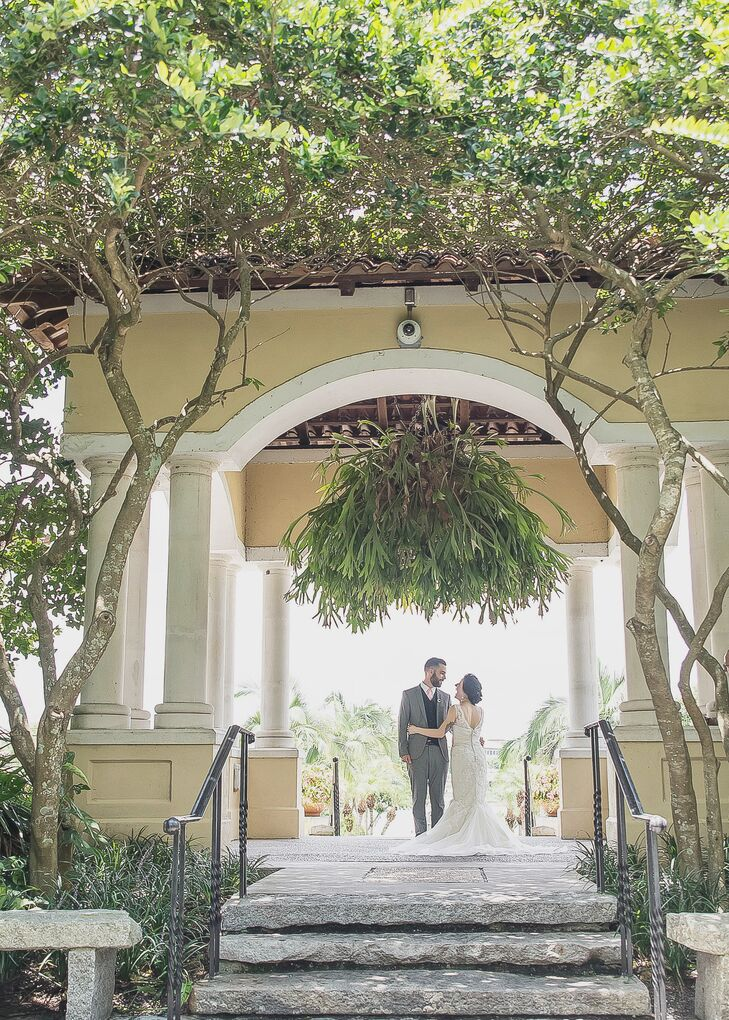 A Blush Garden Wedding at Hollis Garden in Lakeland, Florida