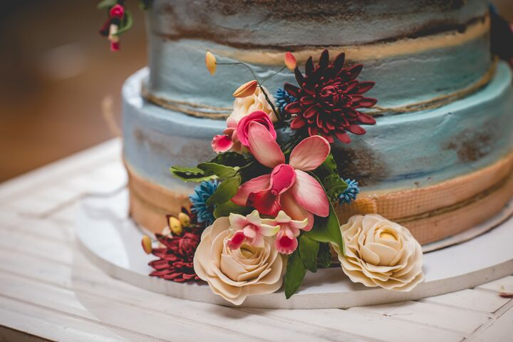 Crave | Wedding Cakes - Willoughby, OH