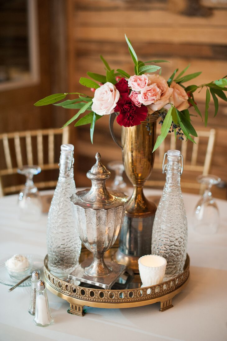 Glass, Lantern and Vase Centerpieces