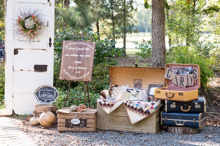 Lauren borrowed family heirlooms to use as reception decor, including the trunk her grandmother used to emigrate from Hungary, and quilts which belonged to Van's grandmother.