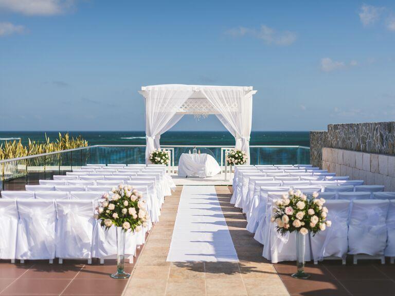 8 amazing ideas for your destination wedding save the dates waterfront destination wedding venue junglespirit Images