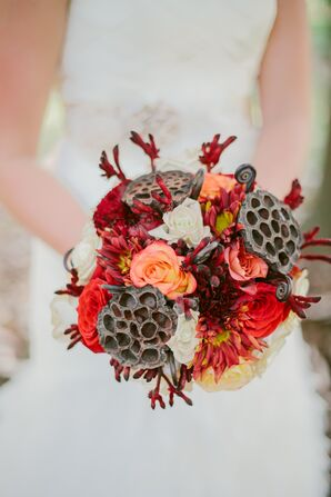Rustic Pine Cone Wedding Bouquet