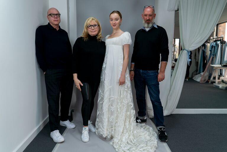 bridgerton wedding dress daphne and costume department