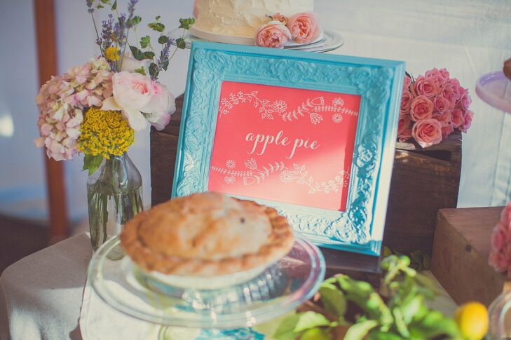 Instead of traditional cake, Lauren and Tom treated their guests to an assortment of pies.