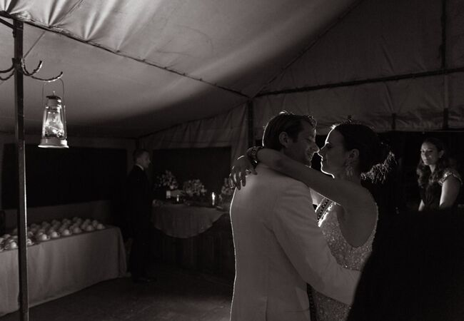 couples-first-dance