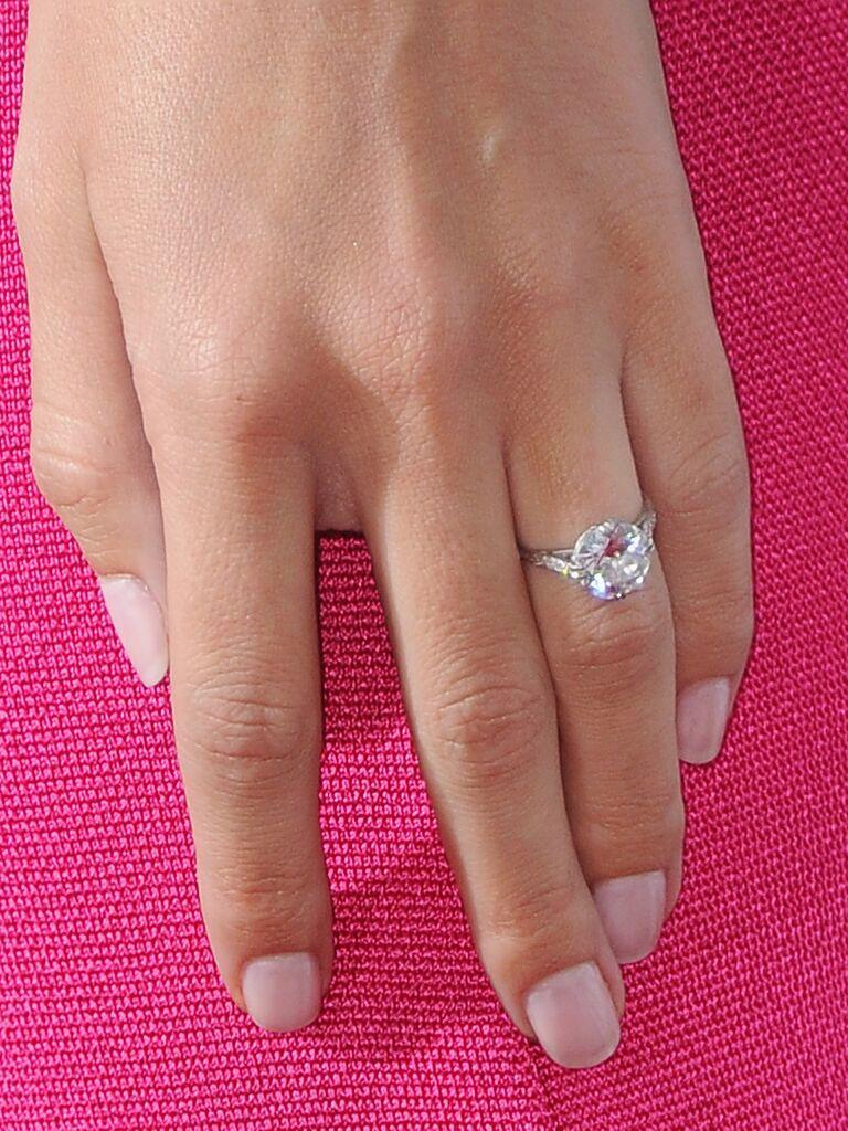rosie huntington whiteley engagement ring from jason statham