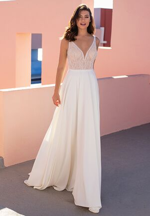 WHITE ONE ESSENTIALS EVERGREEN Ball Gown Wedding Dress